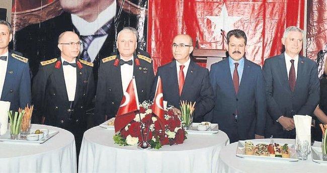 Cumhuriyet coşkusu tüm Türkiye'yi sardı