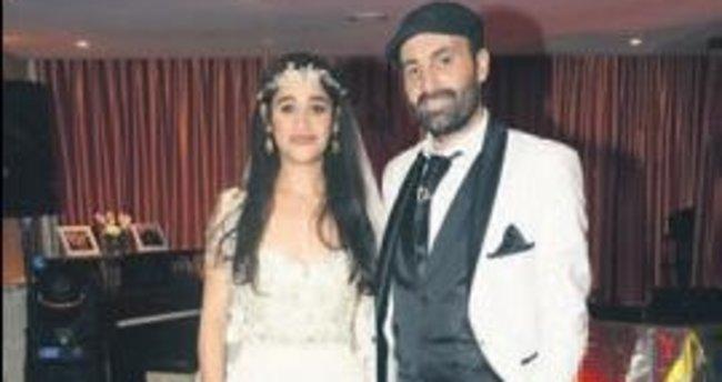 Meltem evlendi