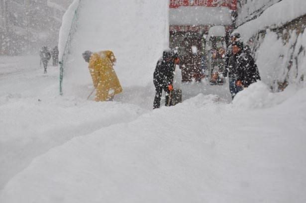 Kardan evlerini bile bulamadılar