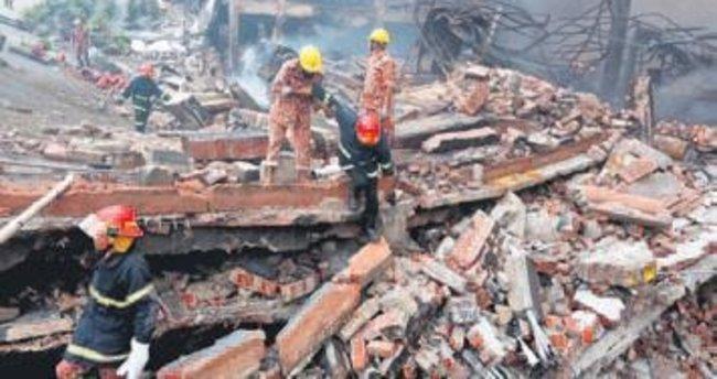 Fabrikada patlama 26 kişiye mezar oldu