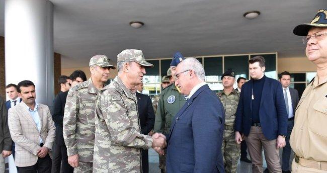 Genelkurmay Başkanı Akar ve komutanlar Şanlıurfa'da