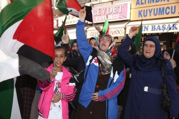 Türkiye 'Kahrolsun İsrail' sloganlarıyla inledi