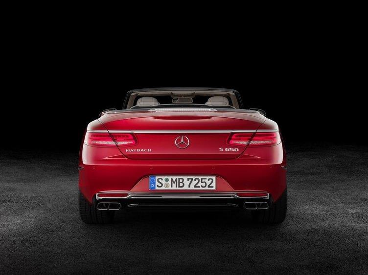 Zenginlerin yeni üstü açığı Mercedes-Maybach S600 Cabriolet