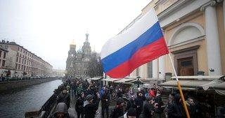 Rusya banka iflasları nedeniyle 100 milyar ruble kaybetti