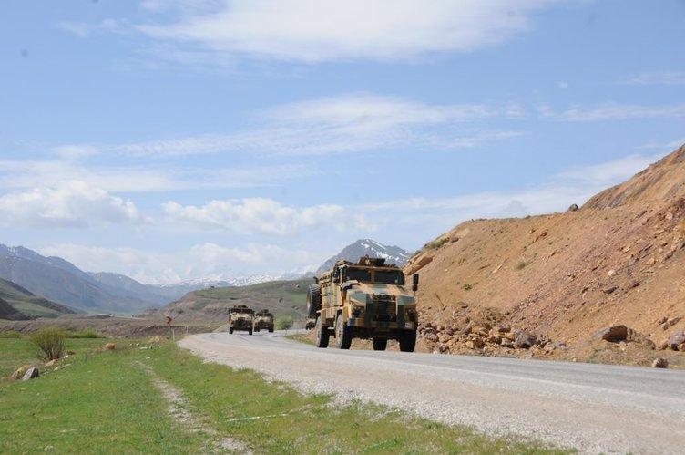 Operasyon birlikleri Yüksekova'dan dönüyor.