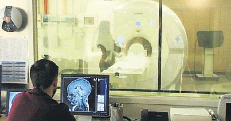 6 aylık bebekte beyin taramasıyla otizm tespiti