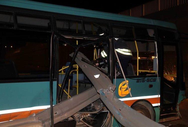 Bariyer otobüse ok gibi saplandı