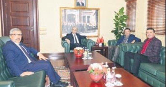 Başkan Tiryaki, Adana Valisi'ni ziyaret etti