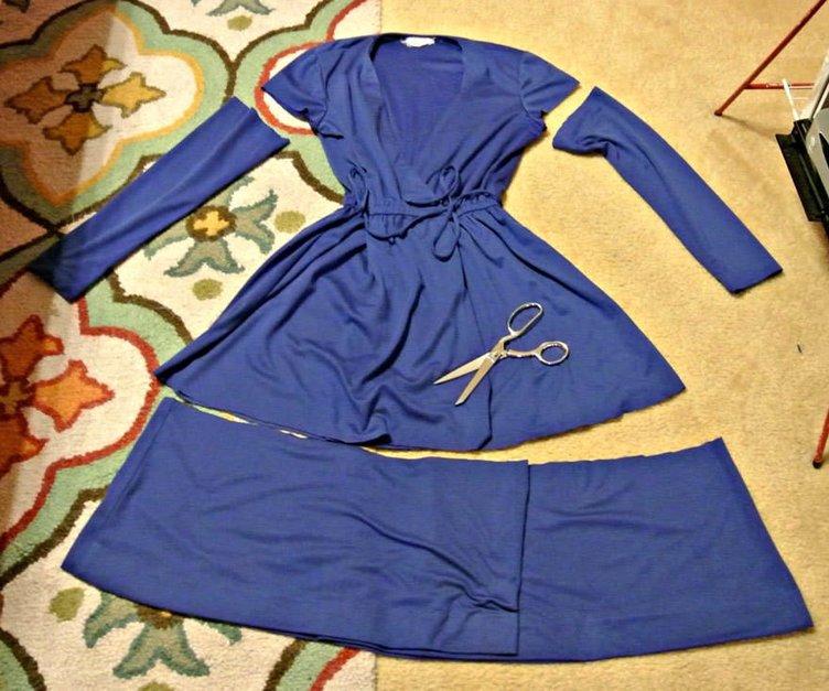 İkinci el kıyafetlerden şık elbiselere