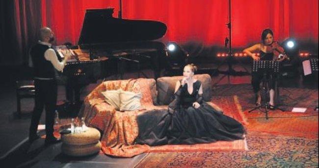 Sertab Erener'den akustik konser