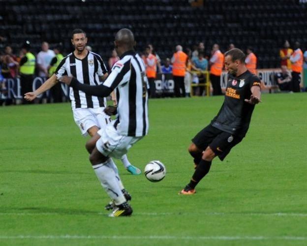 Sneijder'ın müthiş golü galibiyeti getirdi!