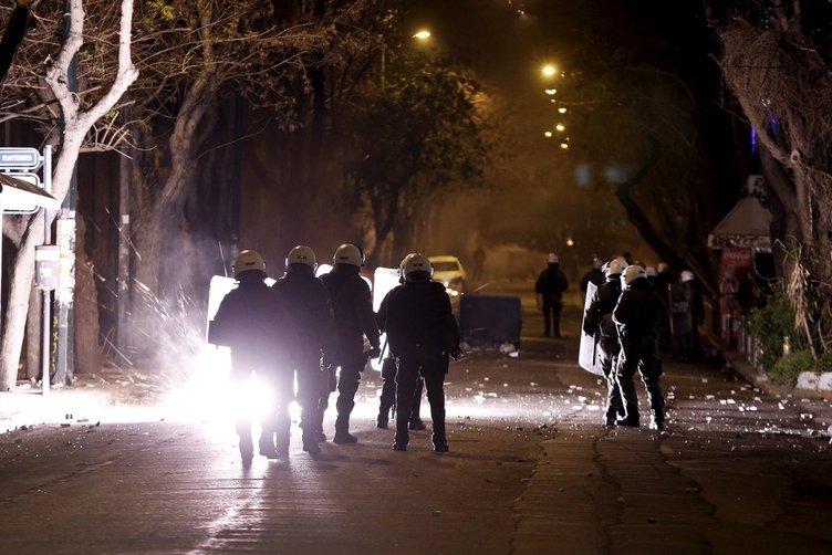Atina'da eylemciler polisle çatıştı