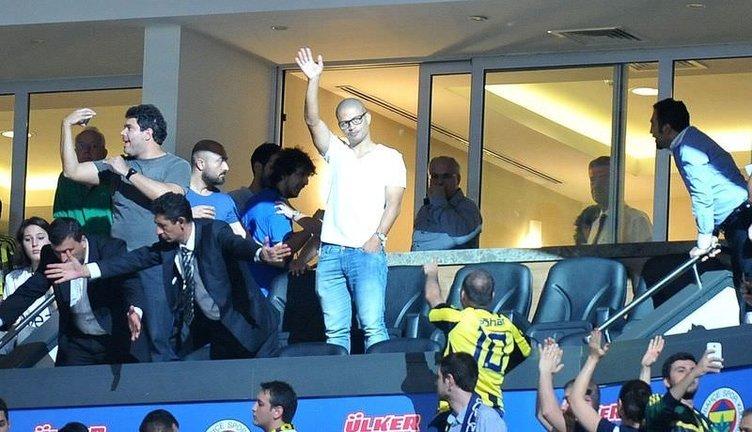 Fenerbahçe-Galatasaray maçında Alex sürprizi