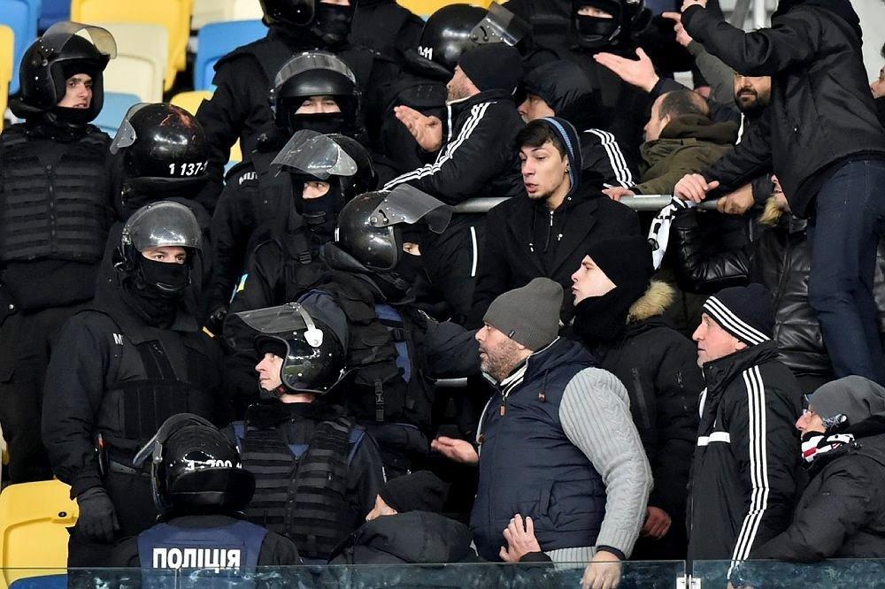 Dinamo Kiev ne yapmaya çalışıyor! O polislere teşekkür ettiler!