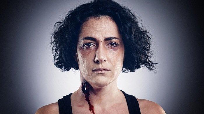 Ünlüler şiddet mağduru kadın kılığında