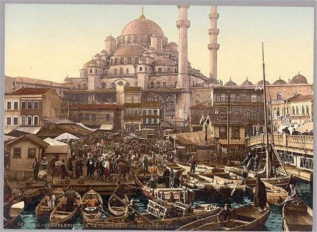 1900'lerden renklendirilmiş kartpostallar