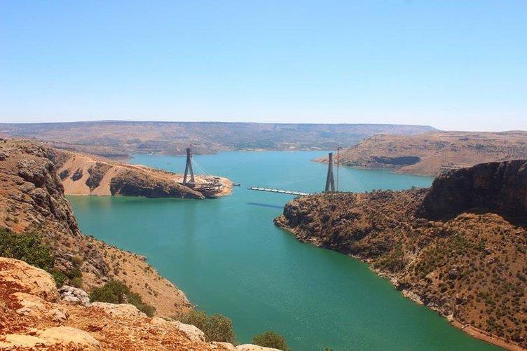 Nissibi Köprüsü'nün bitmesine altı metre kaldı