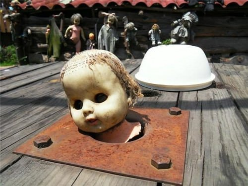 Korku ve gizemin yeri: Bebekler Adası
