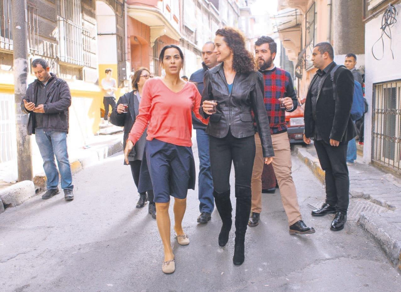 Antalya'daki dostluk İstanbul'da sete taşındı