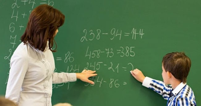 Van'da 466 öğretmen görevine iade edildi