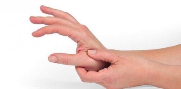 Romatoid artrit'in belirtileri