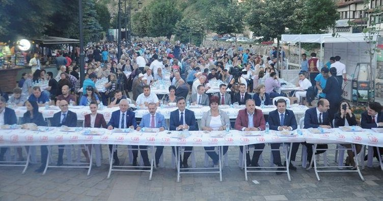 Kosova'da kardeşlik buluşması
