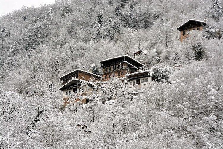 Trabzon'da kar manzaraları adeta büyüledi
