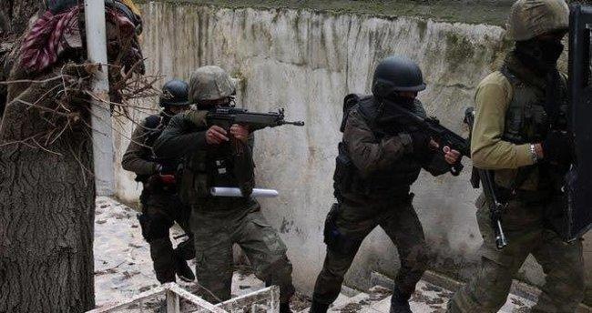 Siirt'te sıcak dakikalar: 20 terörist kıstırıldı