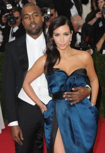 Kanye West Kim Kardashian Paris'te evlenmekten vazgeçti