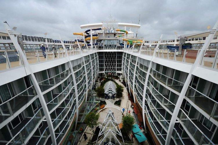Dünyanın en büyük yolcu gemisi: Harmony of the Seas