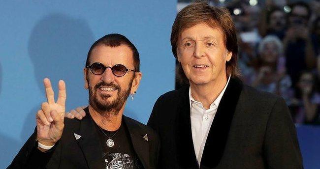 Beatles belgeseli için bir aradalar