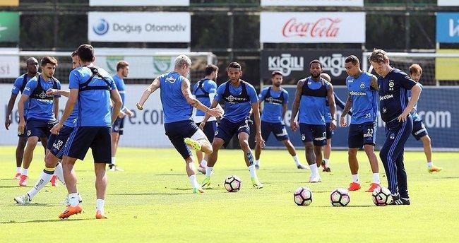 Fenerbahçe Bursaspor maçına hazırlanıyor