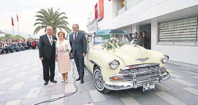 57 yıl sonra nikah tazelediler