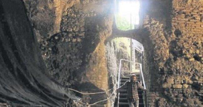 2 bin 300 yıllık saray açılıyor