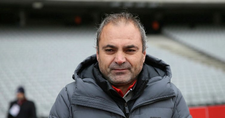 Karabükspor'da Barisic'in yerine Erkan Sözeri
