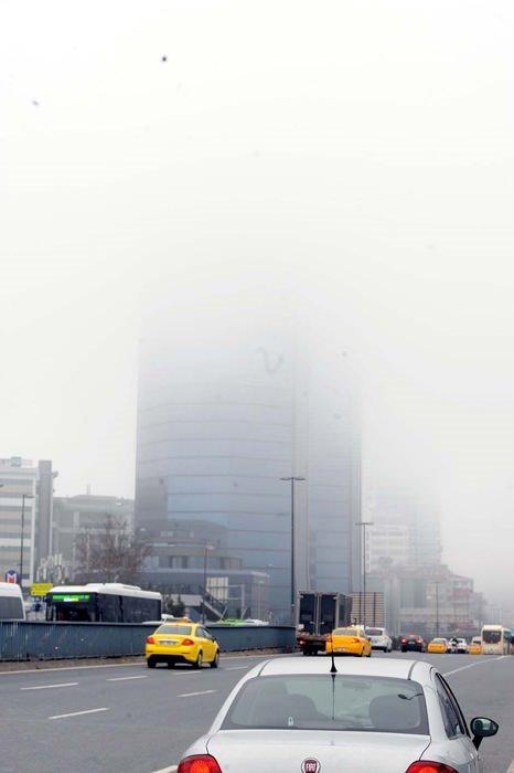 İstanbul güne sisli başladı!