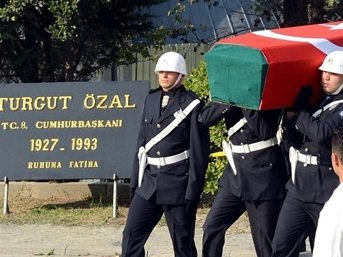Özal'ın mezarı nasıl açıldı