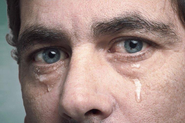 Başkasının gözyaşını silmeyin