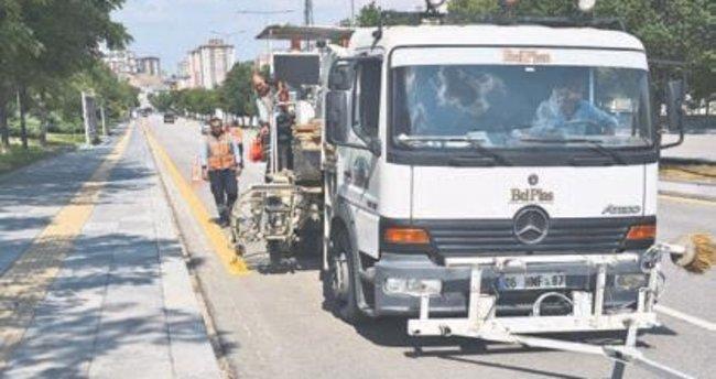 Başkent yollarına bin 500 kilometre yeni yol çizgisi
