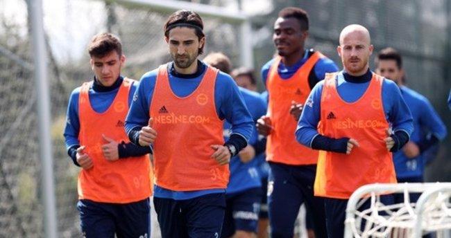 Fenerbahçe, Kardemir Karabükspor hazırlıklarını sürdürdü