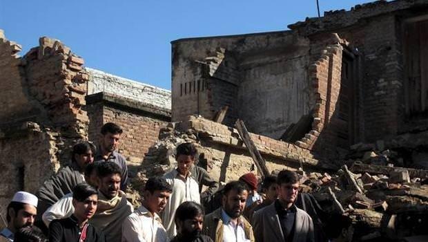 Afganistan depreminde bilanço ağırlaşıyor