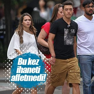 Mandy Capristo, Mesut Özil'i sildi