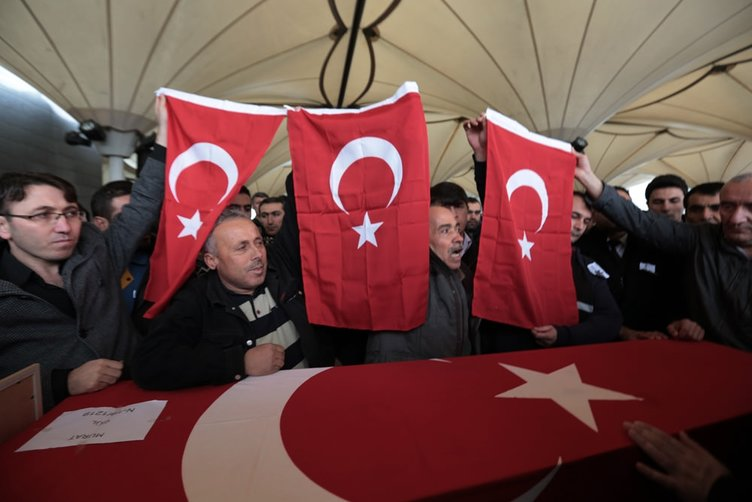 Ankara saldırısında hayatını kaybedenler son yolculuklarına uğurlanıyor!