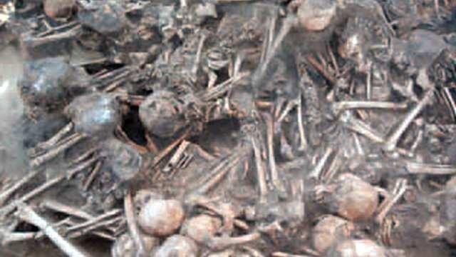 Evin içinden 97 insan iskeleti çıktı