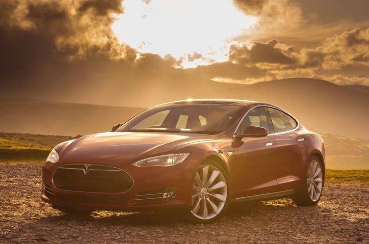 Porsche'den Tesla'ya hodri meydan!