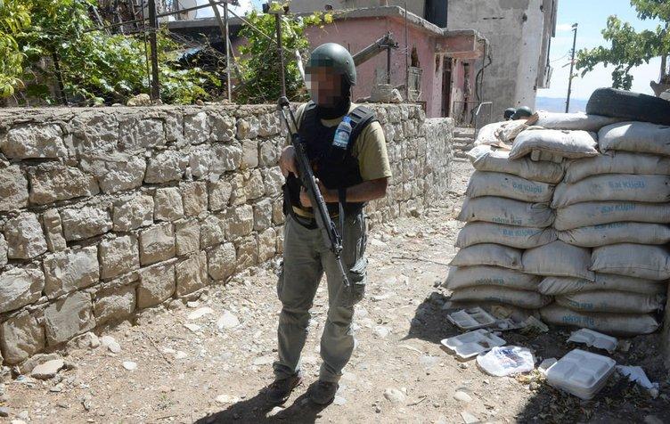 Şırnak'ta 50 ton patlayıcı imha edildi