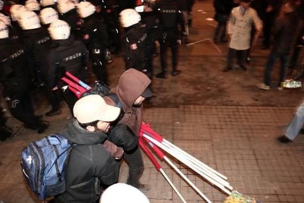 Taksim'de Kobani gerginliği