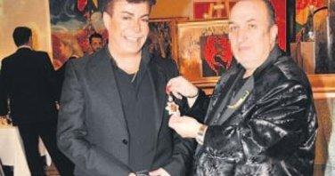 Gelir Mehmetçik Vakfı'na bağışlandı