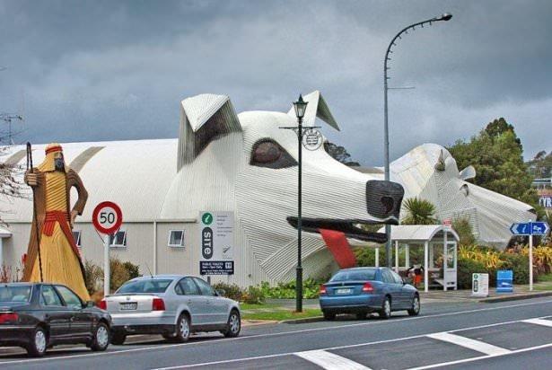 Hayvanlara benzeyen ilginç evler