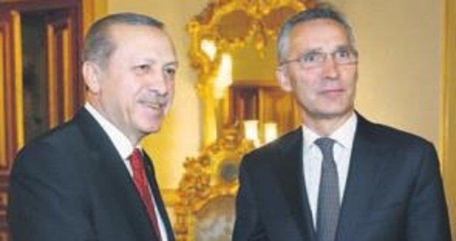 NATO Genel Sekreteri : Demokrasinin kıymeti bilinmeli